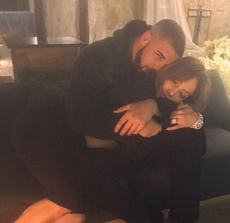 Ο πρώην της Rihanna στην αγκαλιά της Jennifer Lopez 2