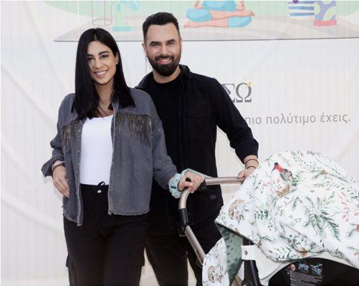 Παπαδόπουλος – Βασιλειάδη με το νεογέννητό